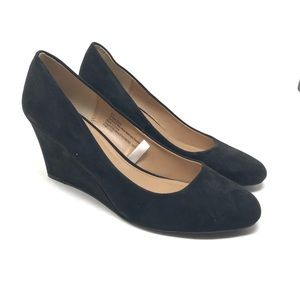 A New Day Size 8.5 Black Wedge Faux Suede Shoes